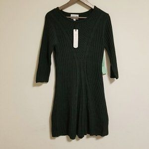 Gorgeous  Olive+Oak Sweater dress in Dark green